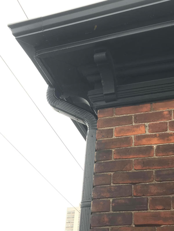 Eavestrough and Gutters Services in Burlington Image